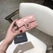 人気モデルの2019夏季新作 個性的なスタイリング シャネル CHANEL 財布 2色可選