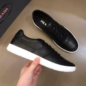 美しくデザイン性のある  プラダ PRADA2色可選  気になる2020年新作 スニーカー 気品がある