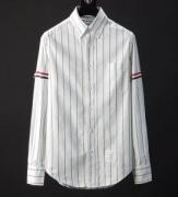 専門通販店高品質な爆品男性シャツおしゃれTHOM BROWNEスポーティ薄手メンズ用シャツトムブラウン 偽物