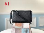 3色可選 斜め掛けバッグ ルイ ヴィトン LOUIS VUITTON 流行色2019秋冬に取り入れたい 使い勝手のよさが人気_コピー 通販