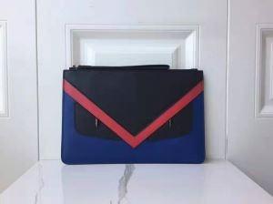 バッグ バグズ フェンディ クラッチバッグ トレンドを感じさせる新作 メンズ FENDI コピー ブラック ロゴ おしゃれ 限定セールenshopi.com sn:iOHTXf-3
