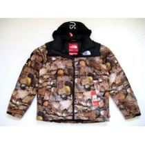 新作!supreme コピー The North Face Nuptse Down JacketダウンLeaves