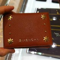 【givenchy スーパーコピー】グレインレザー&ゴールドスタッズ三つ折り財布-1