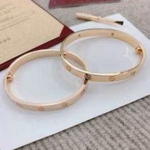 見た目の上品さで大活躍 カルティエ Cartier ブレスレット レディース コピー LOVE BRACELET 2色可選 日常 おすすめ 最低価格enshopi.com sn:fiODeu-1