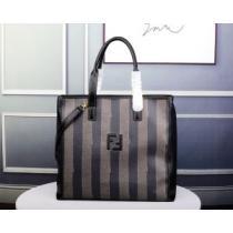 上質ファッションブランド フェンディ コピーFENDI偽物ビジネスバッグ 洗練された大人質感 限定セール100%新品enshopi.com sn:femqWf-1