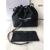 日本未入荷モデル レディースバッグ 早くも完売している バレンシアガ 争奪戦必至 BALENCIAGAenshopi.com sn:X1Hz8f-1
