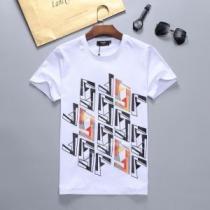 フェンディ有名ブランドです 2色可選  FENDI 着こなしを楽しむ 半袖Tシャツ 争奪戦必至enshopi.com sn:GTXL1D-1