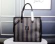 上質ファッションブランド フェンディ コピーFENDI偽物ビジネスバッグ 洗練された大人質感 限定セール100%新品
