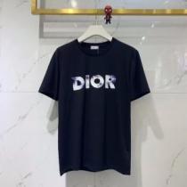 2色可選 エレガントな雰囲気 半袖Tシャツ VIP価格SALE ディオール DIOR  おしゃれな人が持っているenshopi.com sn:9XbC8z-1